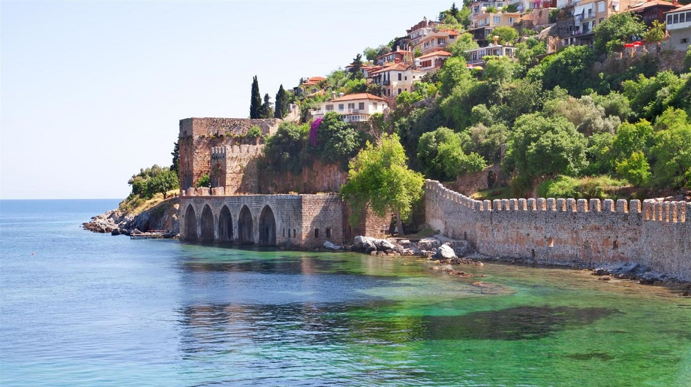 Pass your sweet holidays time in magical sores of Alanya