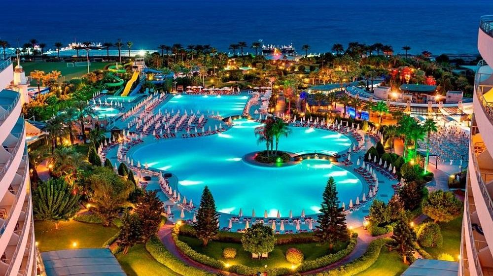 Travel guide to Antalya