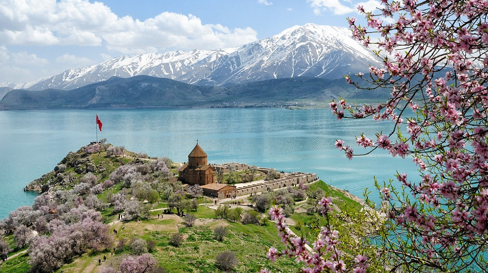 Akdamar Island, the symbol of religious tolerance in Turkey